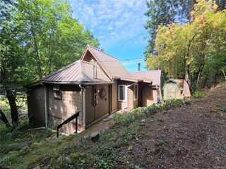 Photo 6: 37141 Galleon Way in : GI Pender Island House for sale (Gulf Islands)  : MLS®# 851569