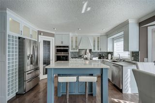 Photo 12: 12 RIVERVIEW Mews SE in Calgary: Riverbend Detached for sale : MLS®# A1031468
