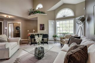 Photo 4: 12 RIVERVIEW Mews SE in Calgary: Riverbend Detached for sale : MLS®# A1031468