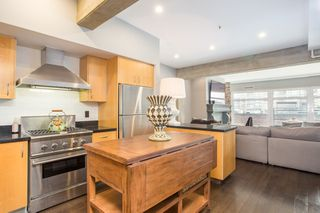 "Photo 3: 605 1155 MAINLAND Street in Vancouver: Yaletown Condo for sale in ""Del Prado"" (Vancouver West)  : MLS®# R2518362"