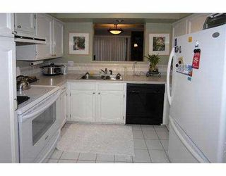 """Photo 5: 45 3851 BLUNDELL Road in Richmond: Quilchena RI Townhouse for sale in """"BEACON COVE"""" : MLS®# V677795"""