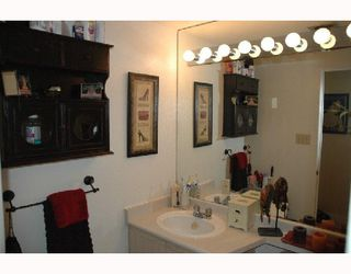 """Photo 10: 720 774 GREAT NORTHERN Way in Vancouver: Mount Pleasant VE Condo for sale in """"PACIFIC TERRACES"""" (Vancouver East)  : MLS®# V687294"""