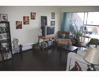 """Photo 4: 720 774 GREAT NORTHERN Way in Vancouver: Mount Pleasant VE Condo for sale in """"PACIFIC TERRACES"""" (Vancouver East)  : MLS®# V687294"""