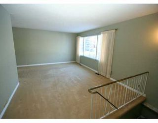 Photo 2:  in CALGARY: Varsity Village Residential Detached Single Family for sale (Calgary)  : MLS®# C3246983