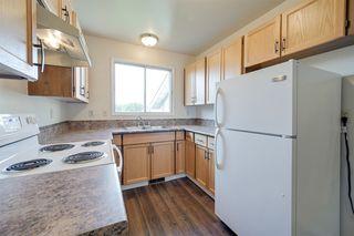 Photo 2: 4605 35 Avenue in Edmonton: Zone 29 House Half Duplex for sale : MLS®# E4172691