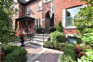 Photo 2: 444 Sackville St, Toronto, Ontario M4X1T2 in Toronto: Semi-Detached for sale (Cabbagetown-South St. James Town)  : MLS®# C3932714