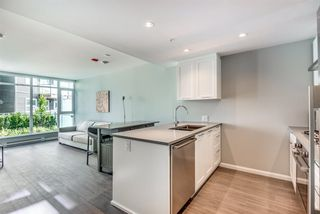 """Photo 6: 306 520 COMO LAKE Avenue in Coquitlam: Coquitlam West Condo for sale in """"The Crown"""" : MLS®# R2413260"""