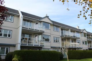 "Photo 2: 310 13959 16 Avenue in Surrey: Sunnyside Park Surrey Condo for sale in ""White Rock Village"" (South Surrey White Rock)  : MLS®# R2416473"