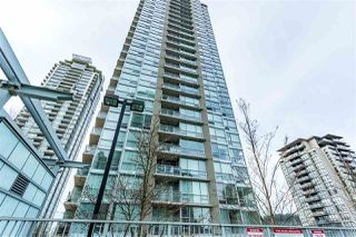 "Photo 2: 905 2968 GLEN Drive in Coquitlam: North Coquitlam Condo for sale in ""Grand Central II"" : MLS®# R2435722"