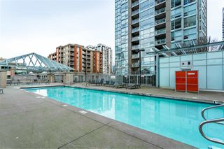 "Photo 16: 905 2968 GLEN Drive in Coquitlam: North Coquitlam Condo for sale in ""Grand Central II"" : MLS®# R2435722"