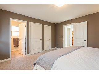 """Photo 12: 39 36169 LOWER SUMAS MTN Road in Abbotsford: Abbotsford East Townhouse for sale in """"Junction Creek"""" : MLS®# R2437633"""