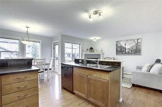 Photo 5: 33 ROYAL CREST View NW in Calgary: Royal Oak Semi Detached for sale : MLS®# C4299689