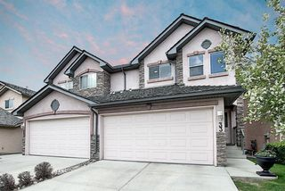 Photo 1: 33 ROYAL CREST View NW in Calgary: Royal Oak Semi Detached for sale : MLS®# C4299689