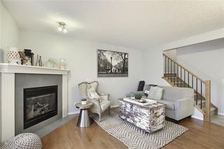 Photo 3: 33 ROYAL CREST View NW in Calgary: Royal Oak Semi Detached for sale : MLS®# C4299689