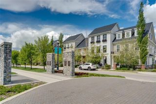 Photo 8: 132 VICTORIA CROSS Boulevard SW in Calgary: Currie Barracks Row/Townhouse for sale : MLS®# C4301242