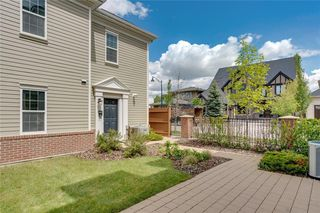 Photo 5: 132 VICTORIA CROSS Boulevard SW in Calgary: Currie Barracks Row/Townhouse for sale : MLS®# C4301242
