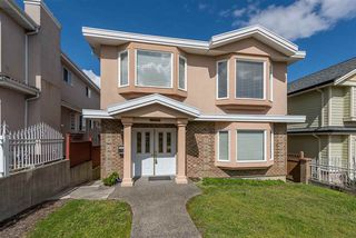 Main Photo: 3025 E 3RD Avenue in Vancouver: Renfrew VE House for sale (Vancouver East)  : MLS®# R2468035