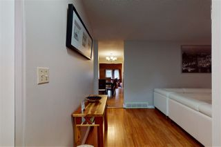 Photo 2: 3035 142 Avenue in Edmonton: Zone 35 House for sale : MLS®# E4215280