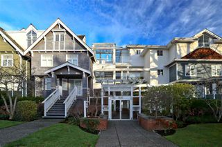 """Photo 1: 315 2175 W 3RD Avenue in Vancouver: Kitsilano Condo for sale in """"THE SEABREEZE"""" (Vancouver West)  : MLS®# R2521187"""