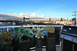 """Photo 5: 315 2175 W 3RD Avenue in Vancouver: Kitsilano Condo for sale in """"THE SEABREEZE"""" (Vancouver West)  : MLS®# R2521187"""