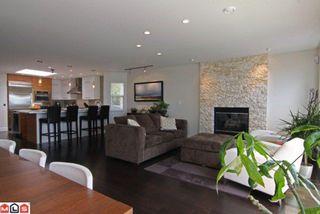 Photo 4: 15080 BUENA VISTA AV in White Rock: House for sale : MLS®# F1114408