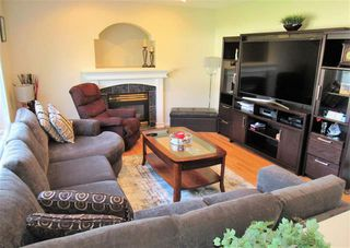 Photo 9: 8918 159A AV NW in Edmonton: Zone 28 House for sale : MLS®# E4171208