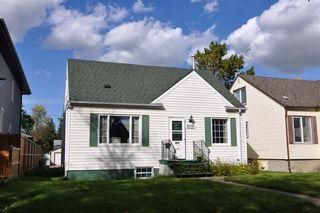 Main Photo: 8138 78 Avenue in Edmonton: Zone 17 House for sale : MLS®# E4175552