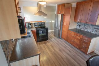 Photo 9: 8316 42 Avenue in Edmonton: Zone 29 House for sale : MLS®# E4183614