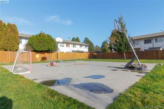 Photo 28: 434 W Burnside Road in VICTORIA: SW Tillicum Condo Apartment for sale (Saanich West)  : MLS®# 426930