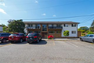Photo 2: 434 W Burnside Road in VICTORIA: SW Tillicum Condo Apartment for sale (Saanich West)  : MLS®# 426930