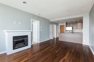 """Photo 7: 3307 898 CARNARVON Street in New Westminster: Downtown NW Condo for sale in """"AZURE I"""" : MLS®# R2469814"""
