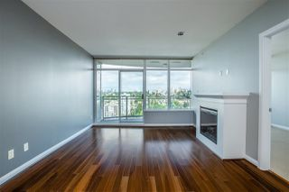 "Photo 3: 3307 898 CARNARVON Street in New Westminster: Downtown NW Condo for sale in ""AZURE I"" : MLS®# R2469814"