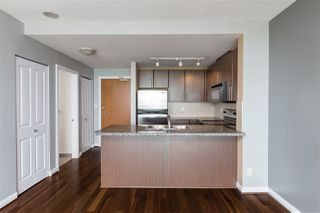 """Photo 9: 3307 898 CARNARVON Street in New Westminster: Downtown NW Condo for sale in """"AZURE I"""" : MLS®# R2469814"""