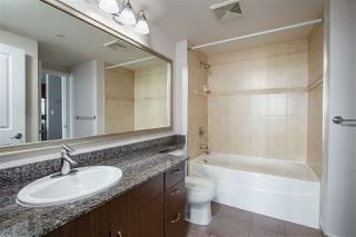 """Photo 17: 3307 898 CARNARVON Street in New Westminster: Downtown NW Condo for sale in """"AZURE I"""" : MLS®# R2469814"""