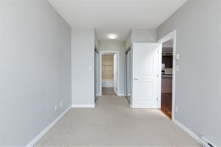 """Photo 15: 3307 898 CARNARVON Street in New Westminster: Downtown NW Condo for sale in """"AZURE I"""" : MLS®# R2469814"""