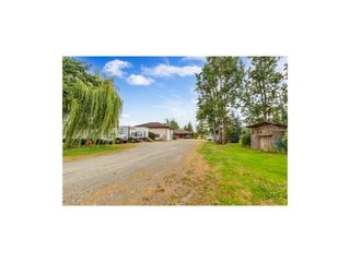 Photo 3: 1694 CLEARBROOK Road in Abbotsford: Poplar House for sale : MLS®# R2481050