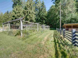 Photo 32: 981 CHAMBERLIN Road in Gibsons: Gibsons & Area House for sale (Sunshine Coast)  : MLS®# R2481276
