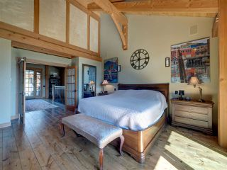Photo 12: 981 CHAMBERLIN Road in Gibsons: Gibsons & Area House for sale (Sunshine Coast)  : MLS®# R2481276