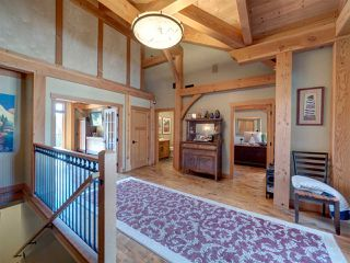 Photo 11: 981 CHAMBERLIN Road in Gibsons: Gibsons & Area House for sale (Sunshine Coast)  : MLS®# R2481276