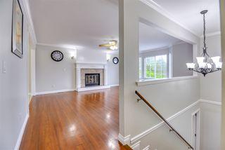Photo 3: 15457 84 Avenue in Surrey: Fleetwood Tynehead House for sale : MLS®# R2490830