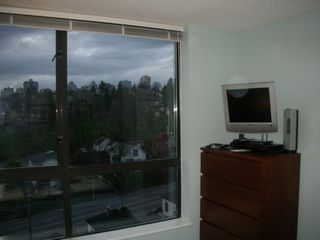 """Photo 7: 833 AGNES Street in New Westminster: Downtown NW Condo for sale in """"NEWS"""" : MLS®# V635692"""