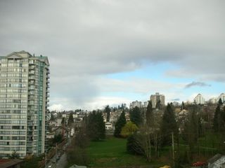 """Photo 9: 833 AGNES Street in New Westminster: Downtown NW Condo for sale in """"NEWS"""" : MLS®# V635692"""