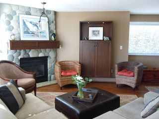"Photo 4: 15367 Buena Vista Avenue Avenue in White Rock: Condo for sale in ""The ""PALMS"""""