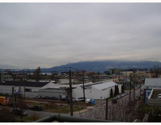 Photo 6: 401 2288 PINE Street in Vancouver: Fairview VW Condo for sale (Vancouver West)  : MLS®# V683826