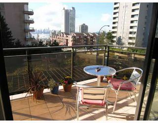 Photo 8: 204 444 LONSDALE Avenue in North_Vancouver: Lower Lonsdale Condo for sale (North Vancouver)  : MLS®# V688529