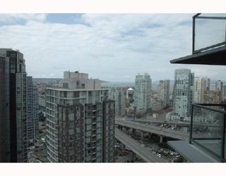"Photo 7: 2703 501 PACIFIC Street in Vancouver: Downtown VW Condo for sale in ""THE 501"" (Vancouver West)  : MLS®# V698501"