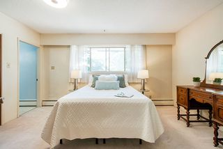 Photo 9: 6477 KNIGHT Drive in Delta: Sunshine Hills Woods House for sale (N. Delta)  : MLS®# R2395088