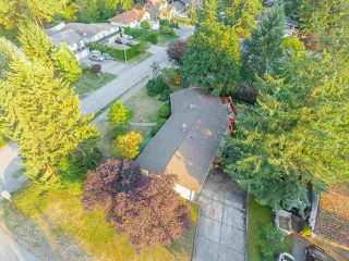 Photo 19: 6477 KNIGHT Drive in Delta: Sunshine Hills Woods House for sale (N. Delta)  : MLS®# R2395088