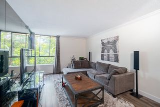 """Photo 3: 203 3905 SPRINGTREE Drive in Vancouver: Quilchena Condo for sale in """"King Edward Place"""" (Vancouver West)  : MLS®# R2403953"""