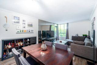 """Photo 2: 203 3905 SPRINGTREE Drive in Vancouver: Quilchena Condo for sale in """"King Edward Place"""" (Vancouver West)  : MLS®# R2403953"""